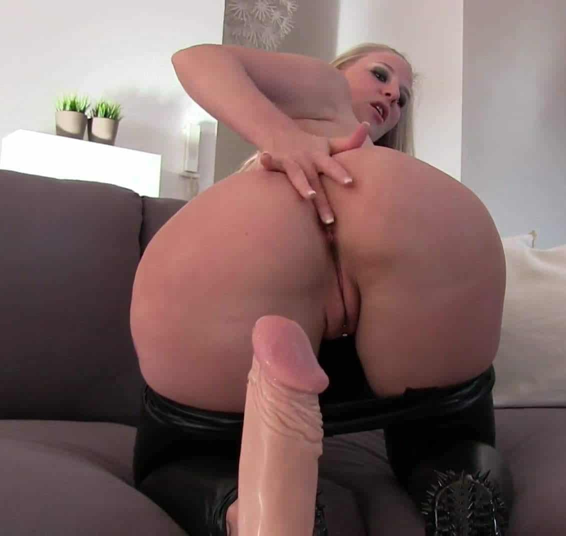 Lara Cumkitten Porno